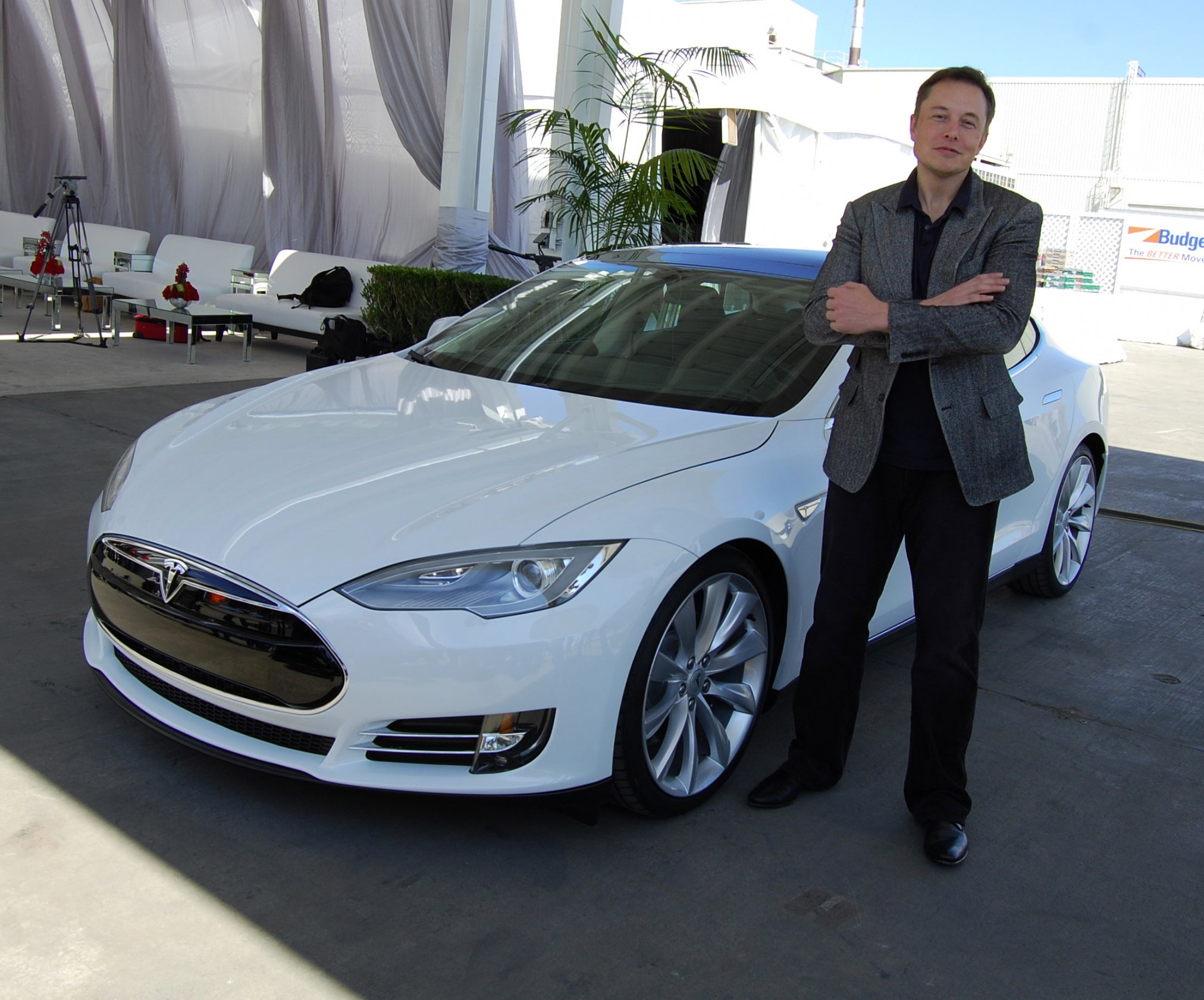 Musk S Master Plan Part Deux Hinges On Scale Timelines And Tesla Undervalued Workforce